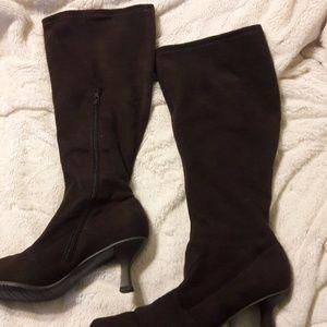 Van Eli boots